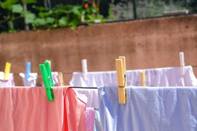 how to get iodine out of clothes