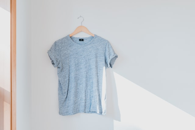 How to fix a shirt that is too big without sewing