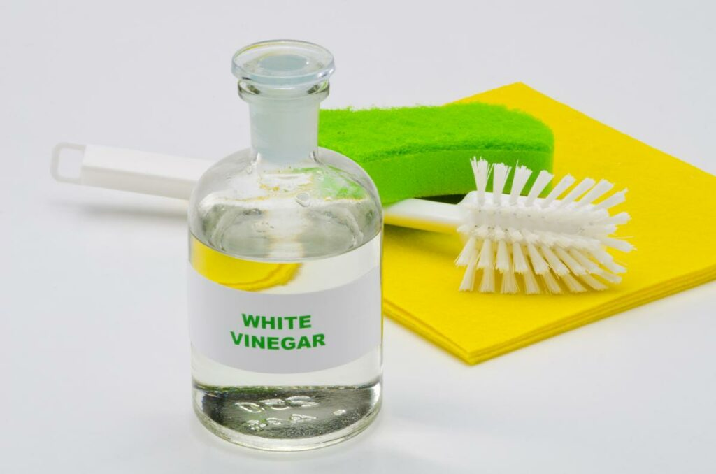 how to get dye out of clothes with vinegar